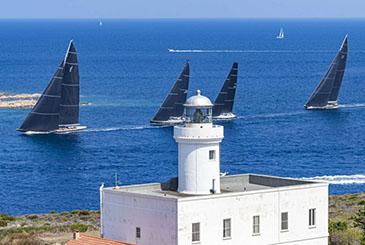Saltano la Maxi Yacht Rolex Cup e la Rolex Swan Cup.